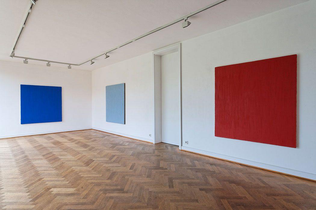 """mo-no-chrom"" 2010-11, Mies van der Rohe Haus, Berlin"
