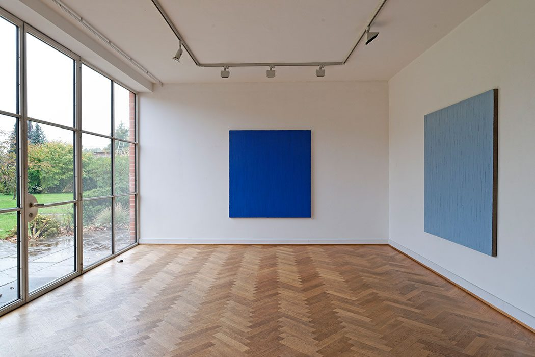 "Ausstellung ""mo-no-chrom"" 2010, Mies van der Rohe Haus, Berlin"